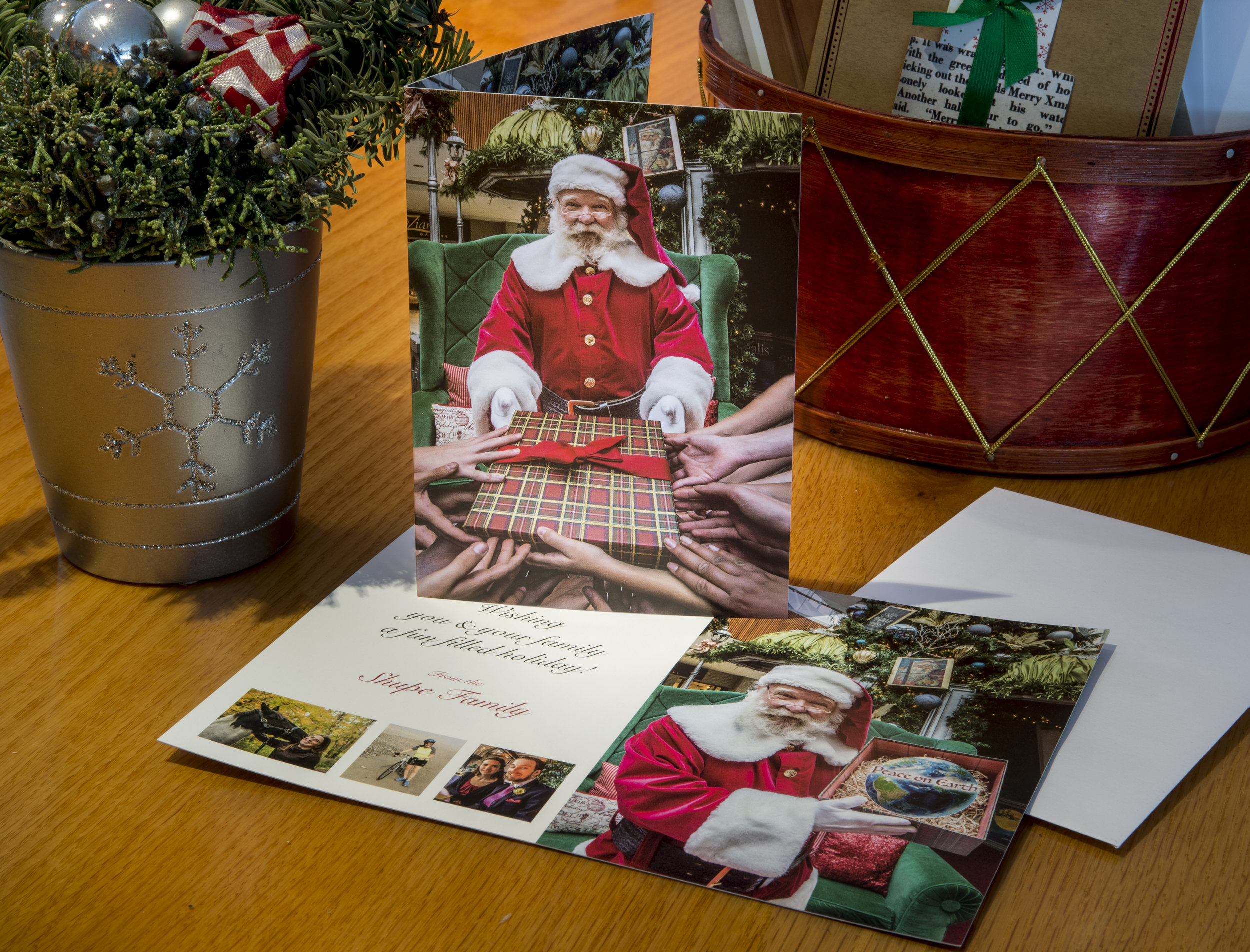 Holiday_Card_2017_display.jpg