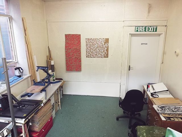 New studio ready for screen printing and some large scale works! Super fun times ahead! . . . #artiststudio #studio #spacethefinalfrontier #sheffield #sheffieldstudio #art #screenprinting #creativespace #funtimes #whereartistswork #artstudio #illustration #calligraphy #abstractcalligraphy #calligraffiti #abstractcalligraphy #inkforblood #inkstagram #workspace