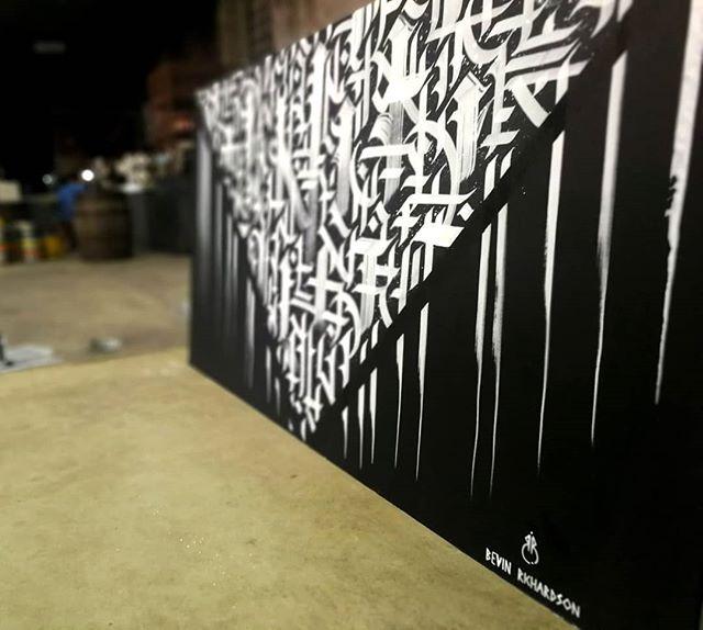 Here is the piece in situ at @peddlermkt . . . . . . #calligraffiti #calligraphy #abstractcalligraphy #abstractart #blackandwhite #whiteink #music #peddlermarket #horsemeatdisco #gilespeterson #warehouse #sheffield #sheffieldissuper #illustration #art #drawing #painting #pattern #dj #market #eventspace