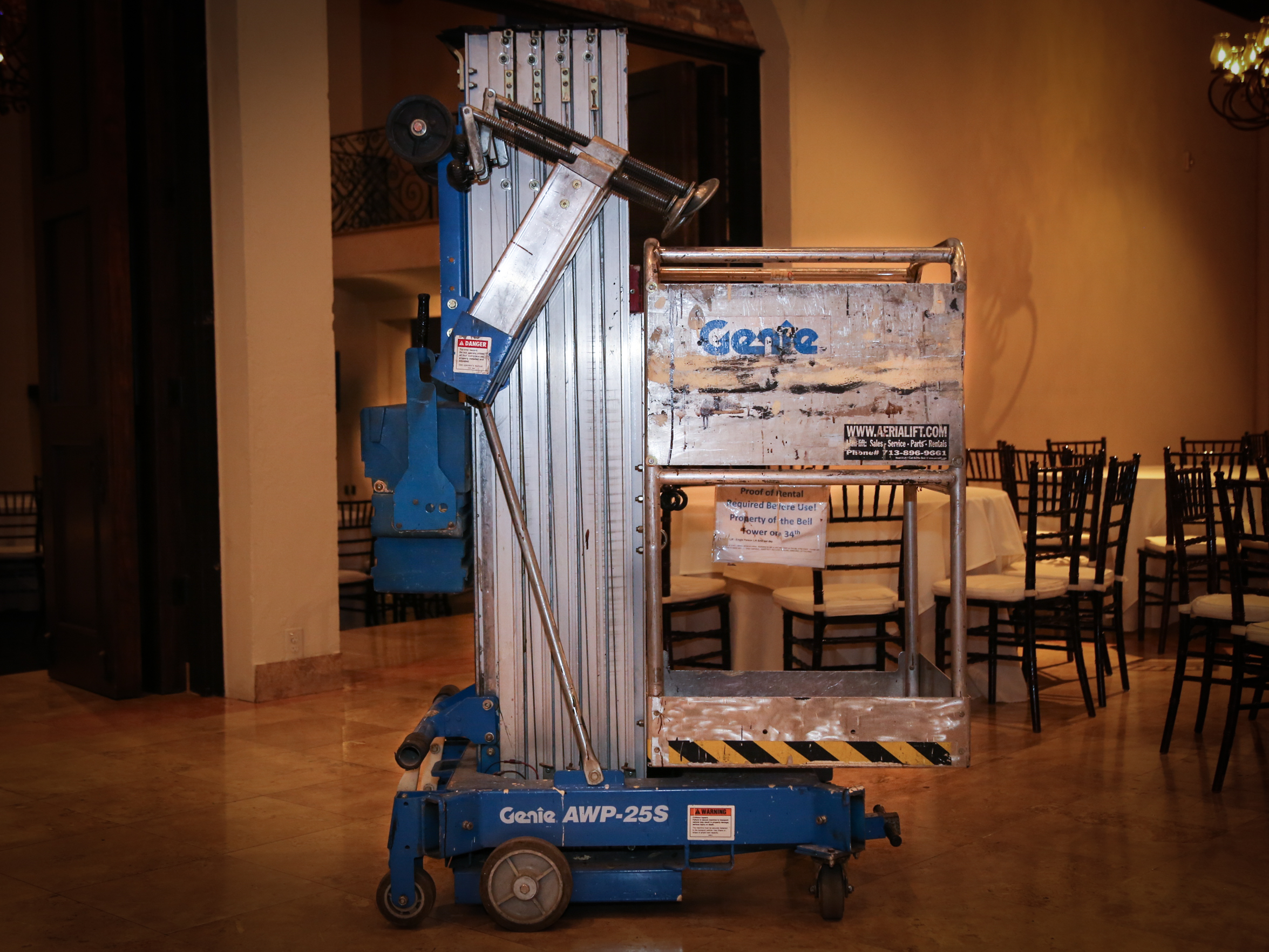 Scissor Lift - One Person Lift $250
