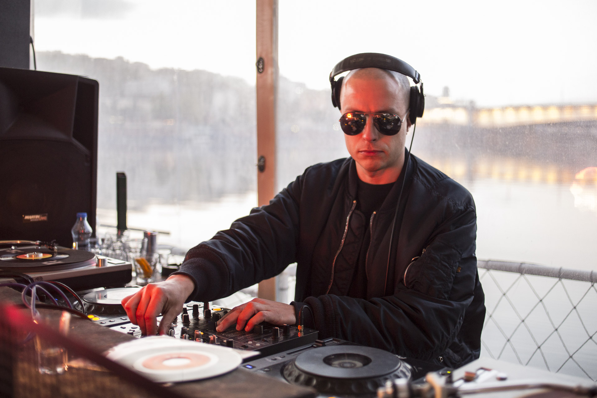 A finnish dj in 20/44. Millivoje, is excited by the new moment for the political opposition, due to the emerging role of Beli's party and even more by the daily protests in the streets.