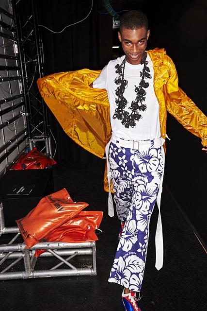 ashadedviewonfashion.com-backstage-with-sonny-vandevelde-at-palm-angels-eur-2976sonnyphotospalmangelsss20.jpg