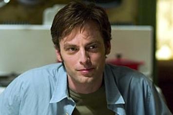 Stuart Martynov as played by  Justin Kirk