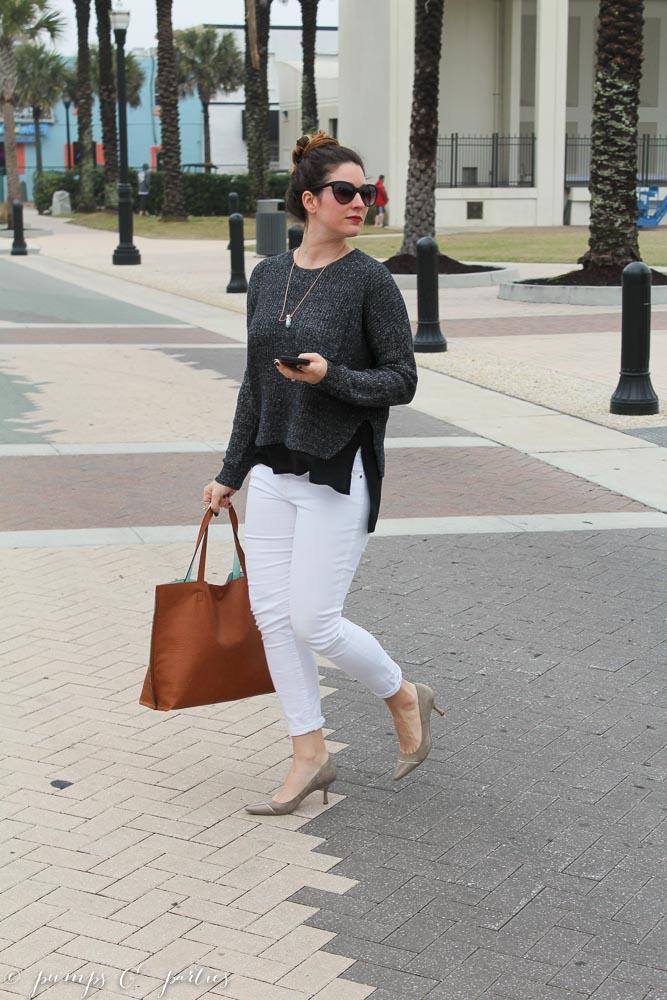 madewell-sweater-white-pants-20.jpg