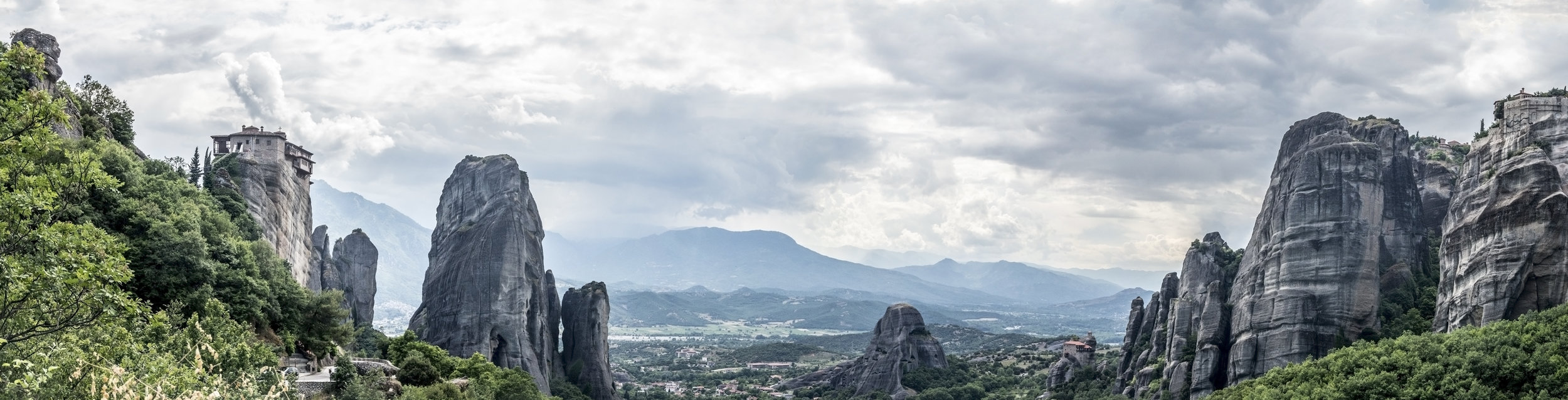 Meteora Pano 7.jpg