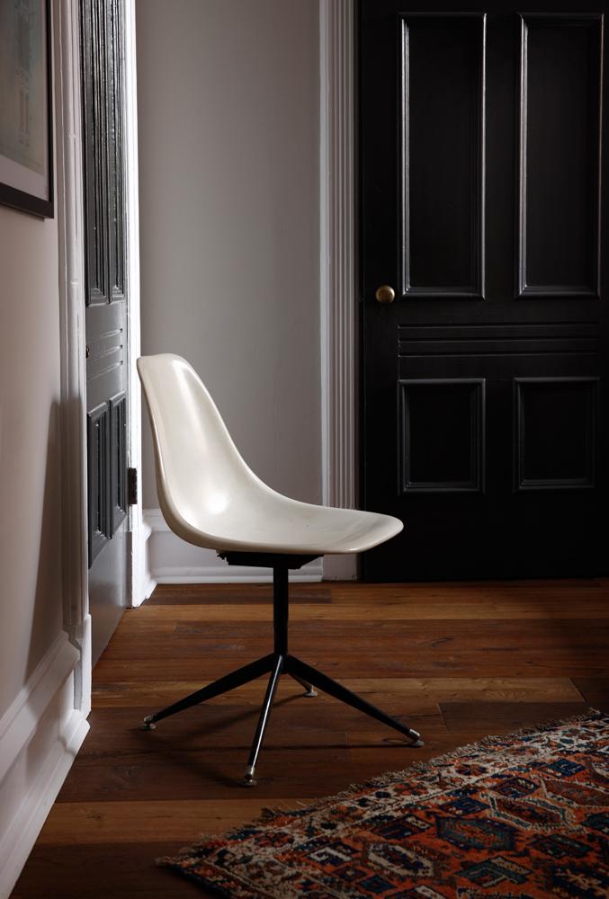 202 Chair Detail_6129 FINAL.jpg