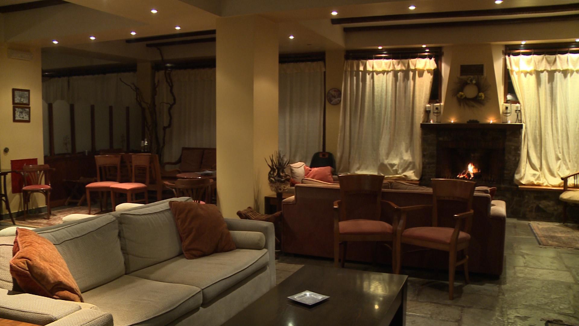 valiacalda_hotel_lobby.jpg