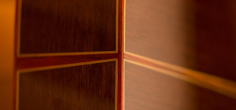 pledger-guitars-detail-dovetail-carousel-m1.jpg