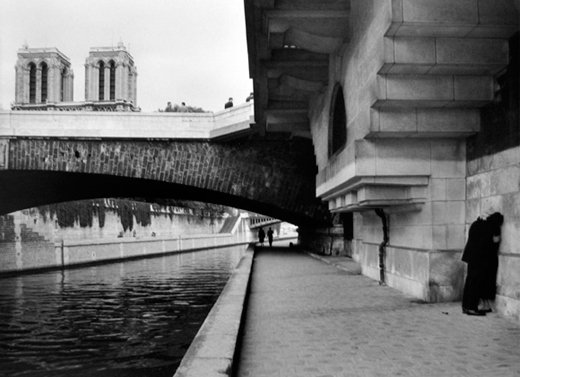 Le Petit Pont   Paris, 1957  11 x 14 inches  Gelatin silver print, printed later