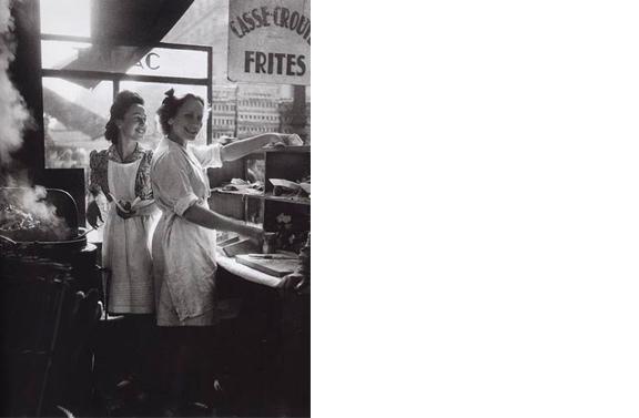 Rue Rambuteau  Paris 14 x 11 inches Gelatin silver print, printed later