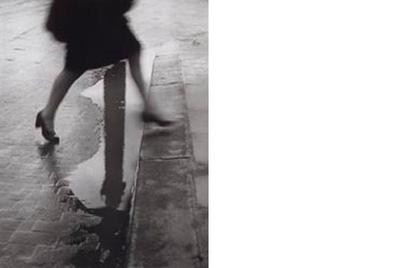 Pluie, Place Vendome  Paris 1947 14 x 11 inches Gelatin silver print