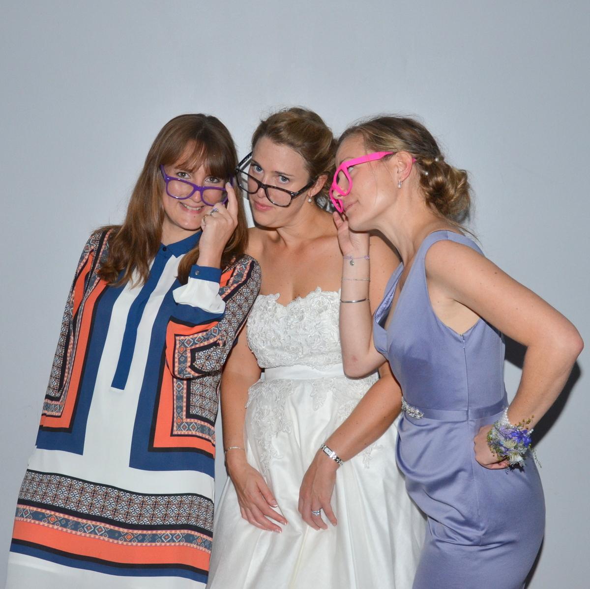Skylark Wedding Photobooth-017.JPG