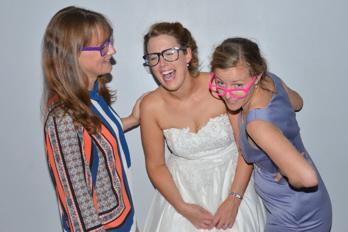 Skylark Wedding Photobooth-026.JPG