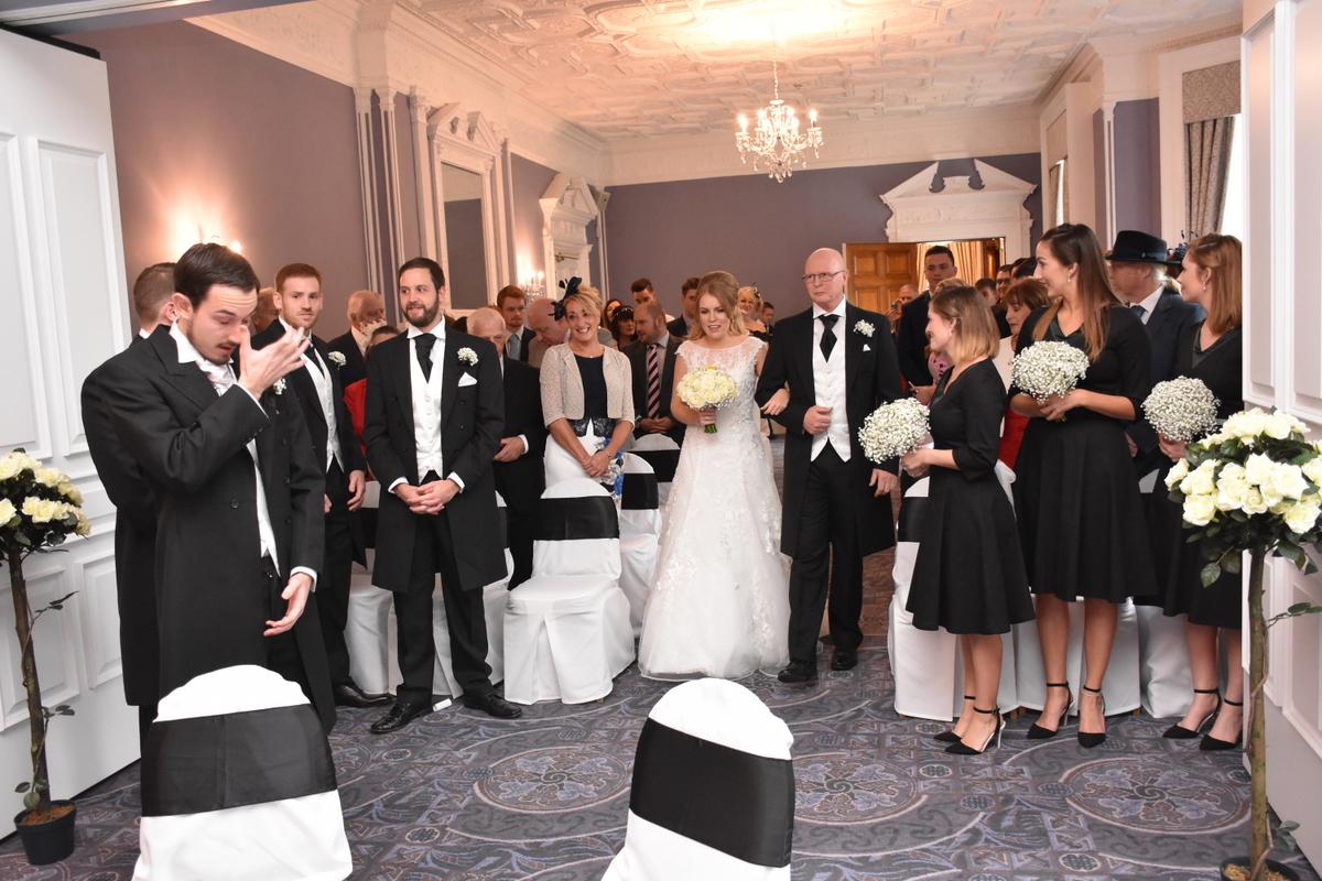 Oakley Hall Wedding Photography-026.JPG