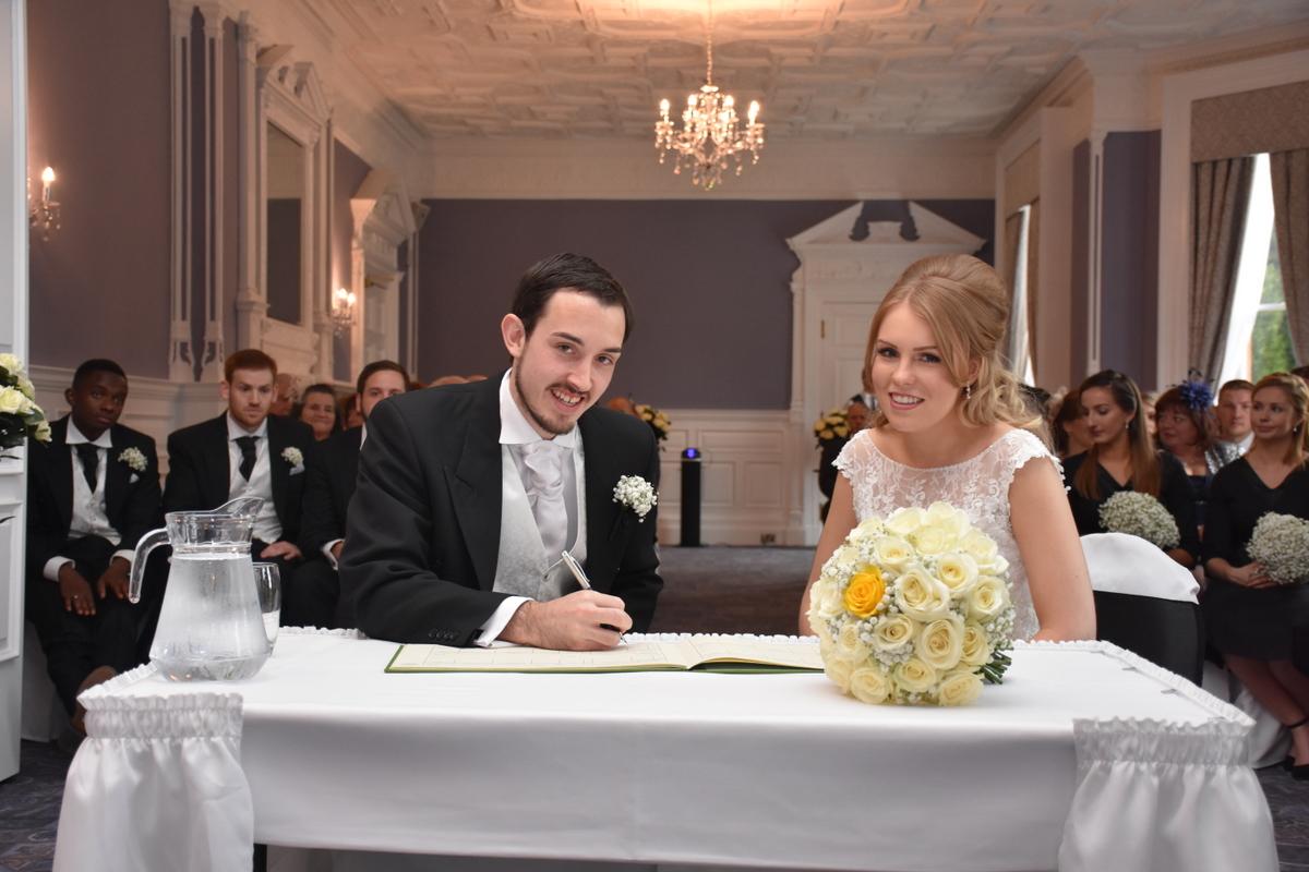 Oakley Hall Wedding Photography-034.JPG