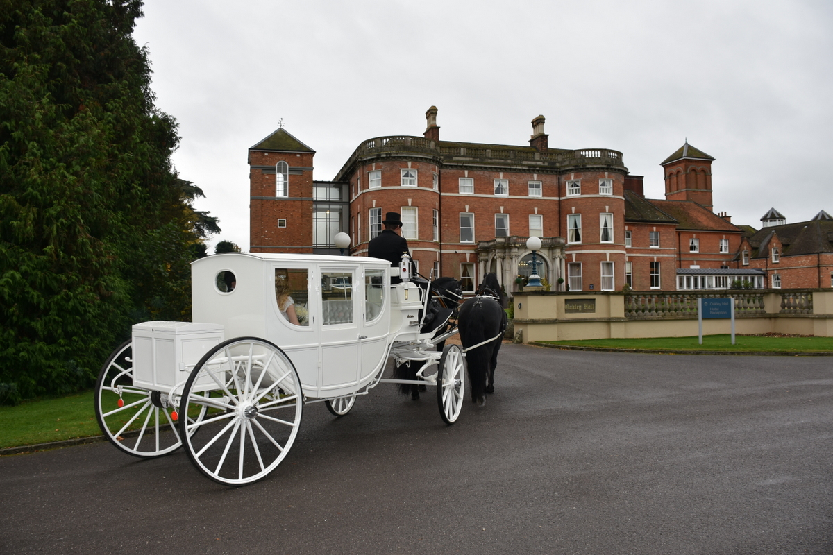 Oakley Hall Wedding Photography-039.JPG