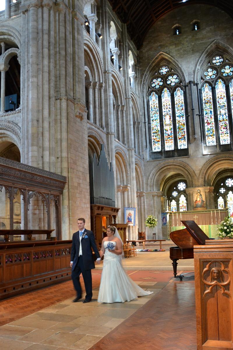 Romsey Abbey Wedding-003.JPG