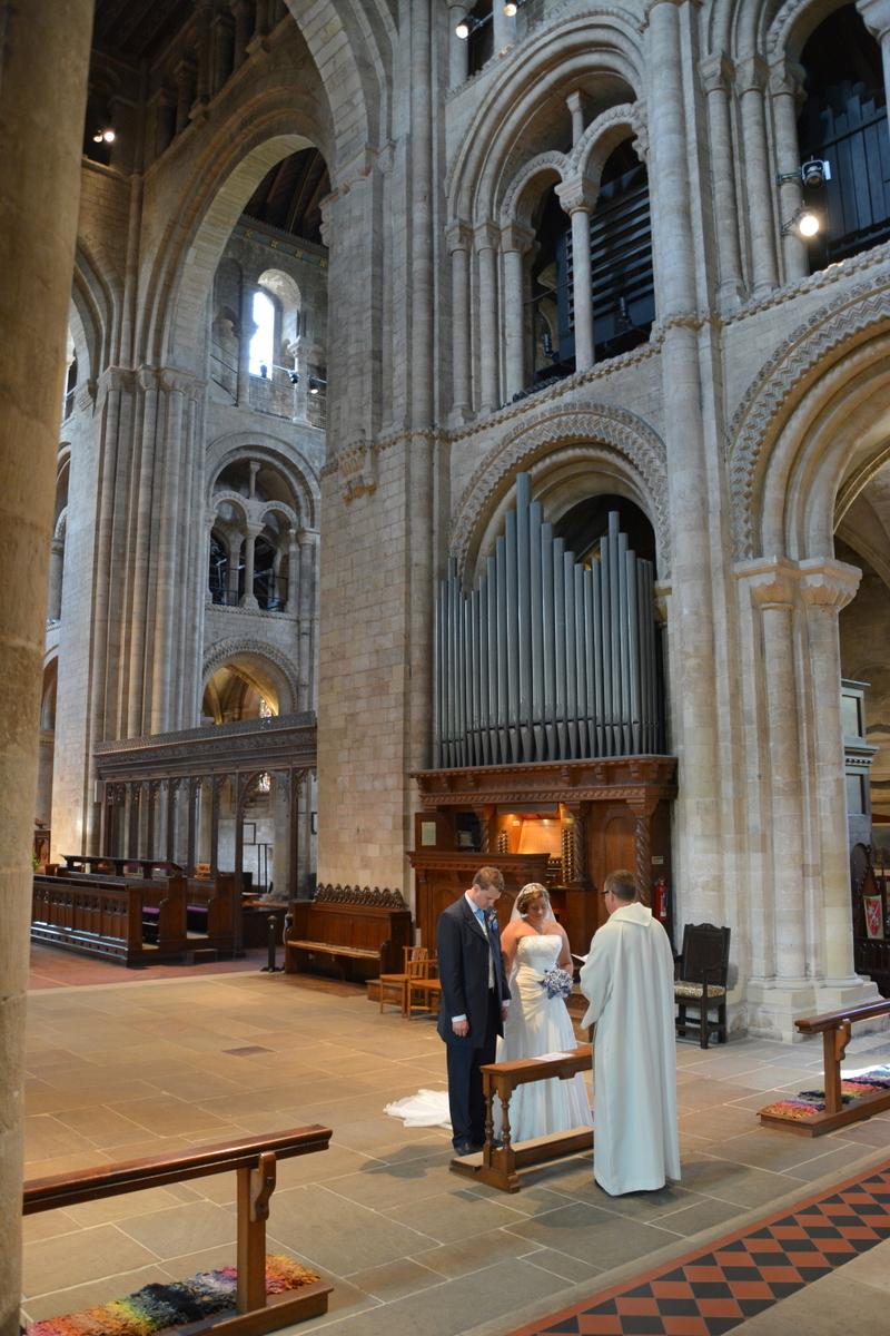 Romsey Abbey Wedding-002.JPG