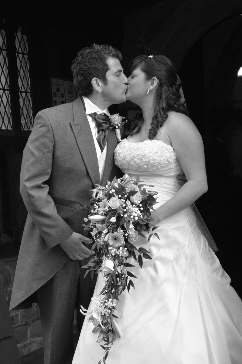 Hampshire wedding photographer-009.JPG
