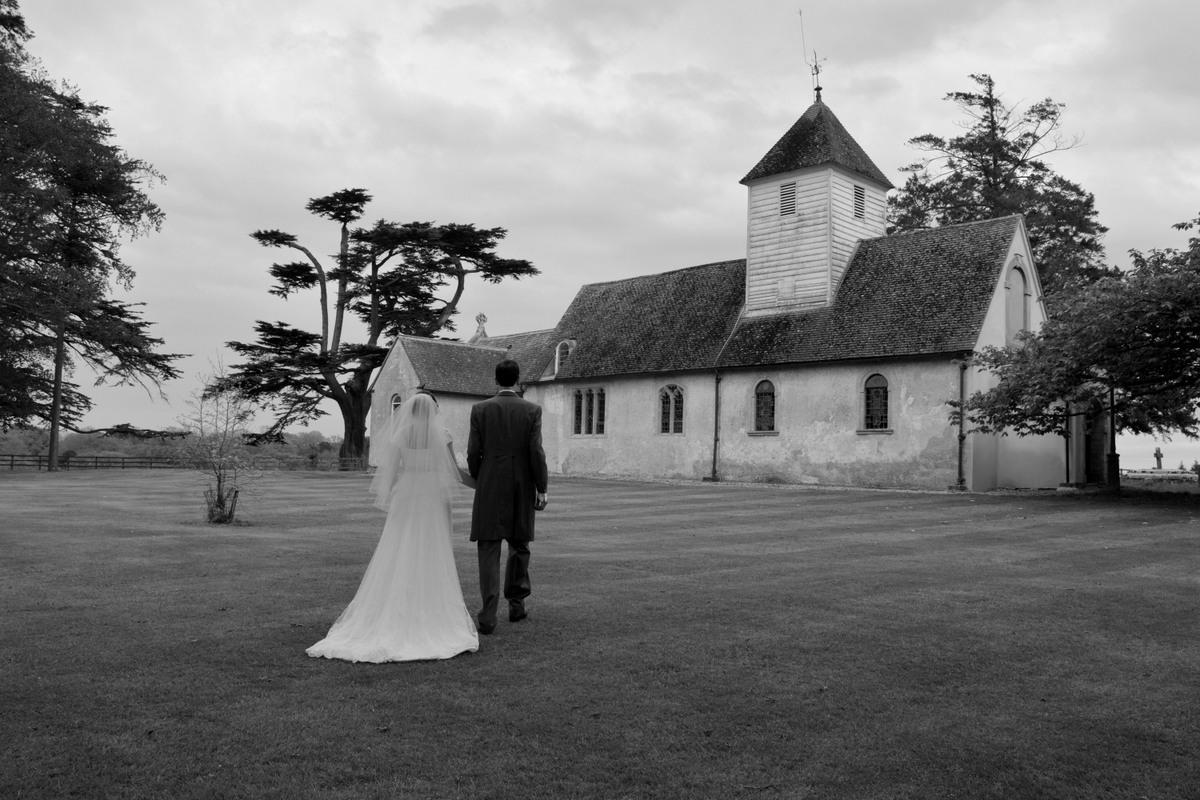 Hampshire wedding photographer-031.JPG