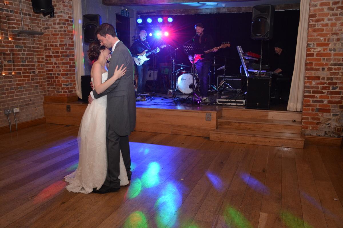 Hampshire wedding photographer-033.JPG