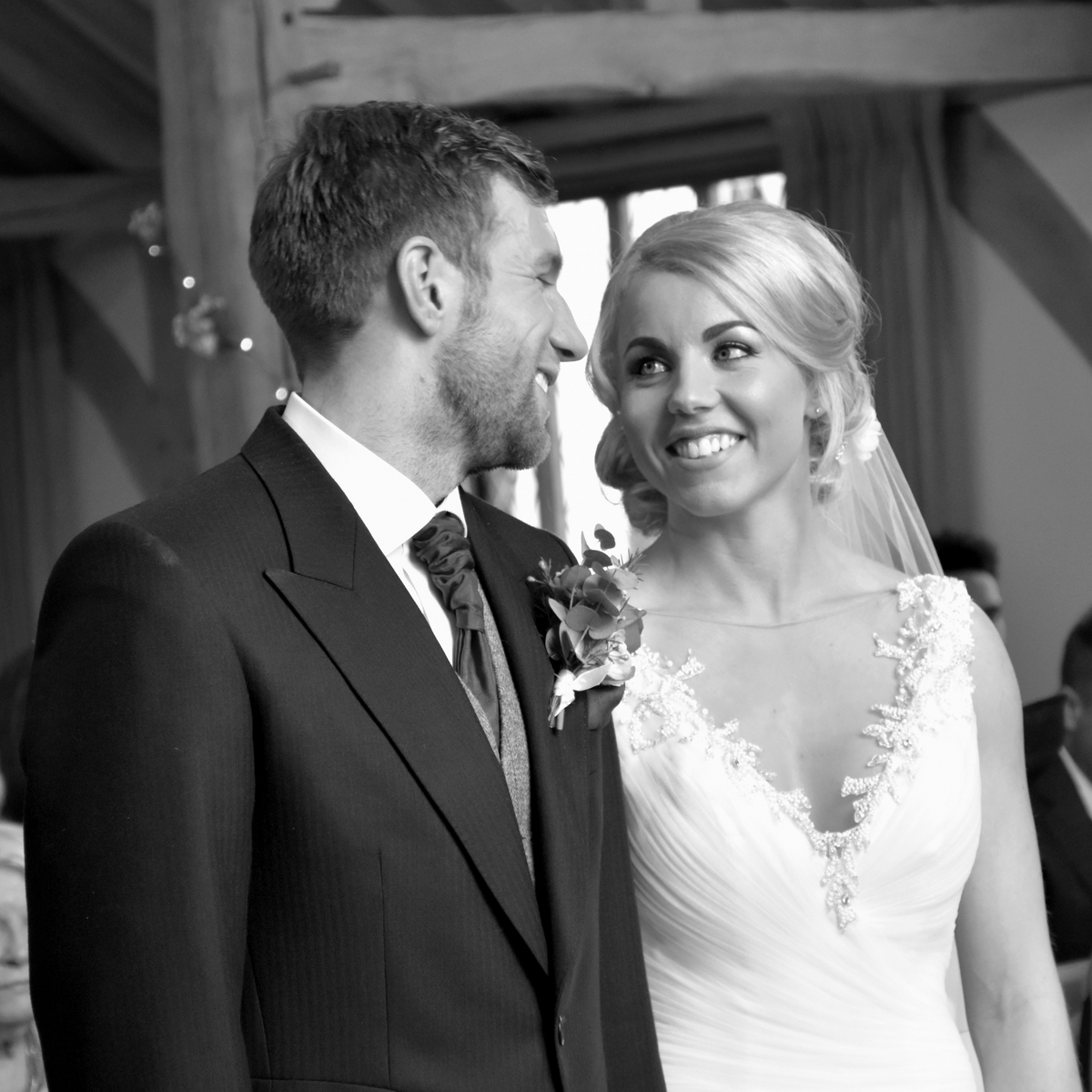 Hampshire wedding photographer-068.JPG