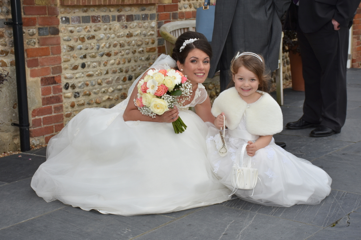 Hampshire wedding photographer-081.JPG