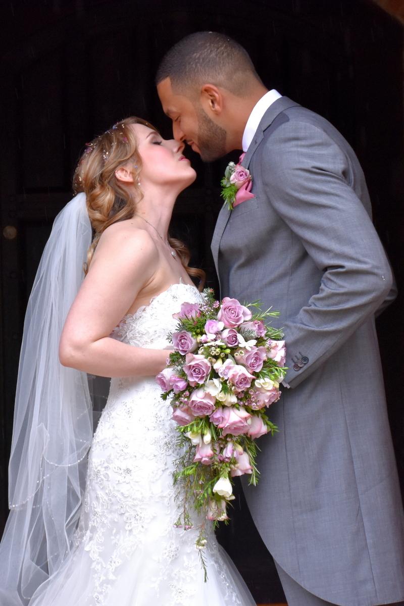 Hampshire wedding photographer-089.JPG