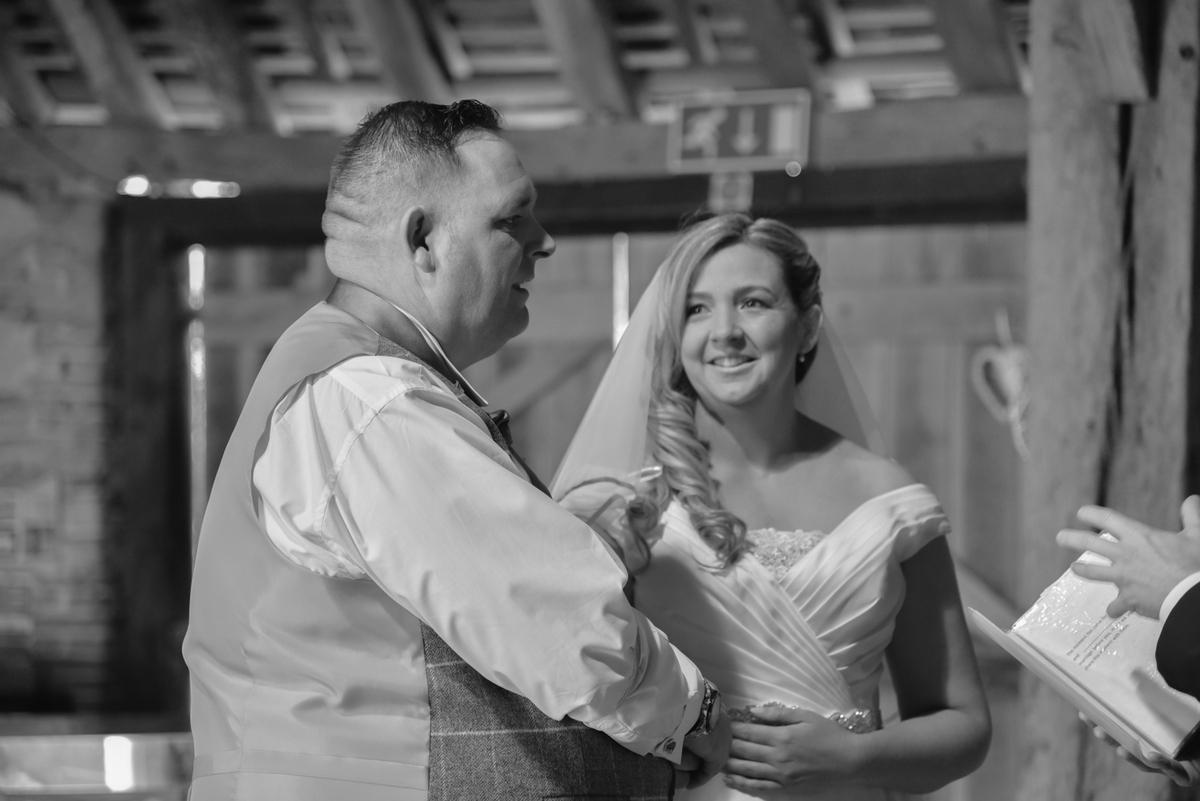 Hampshire Wedding Photography-096.jpg
