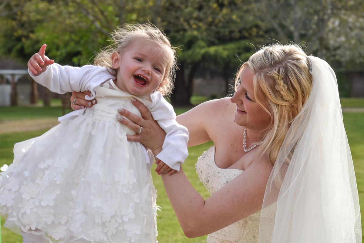 Hampshire Wedding Photography-101.jpg