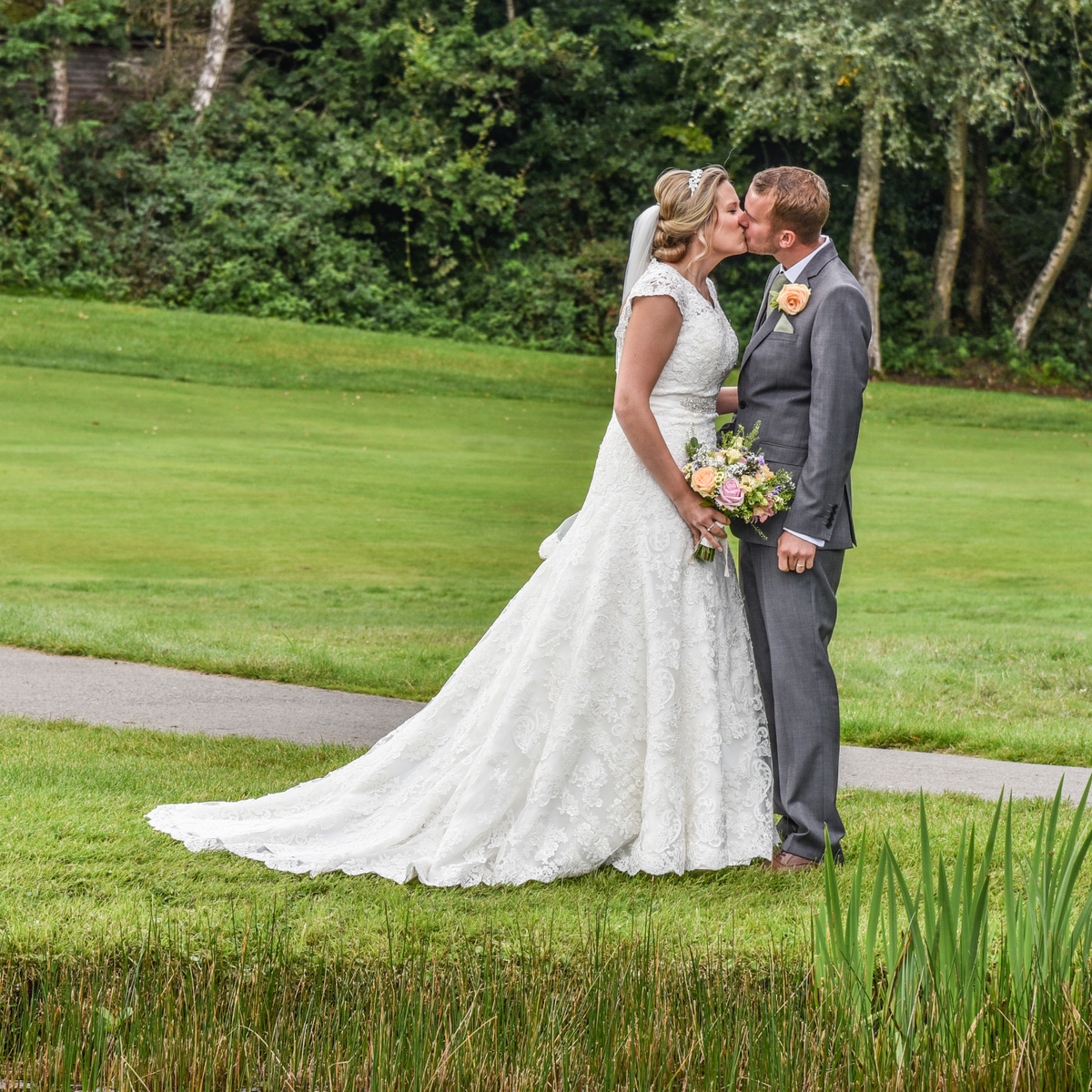 Hampshire Wedding Photography-159.jpg