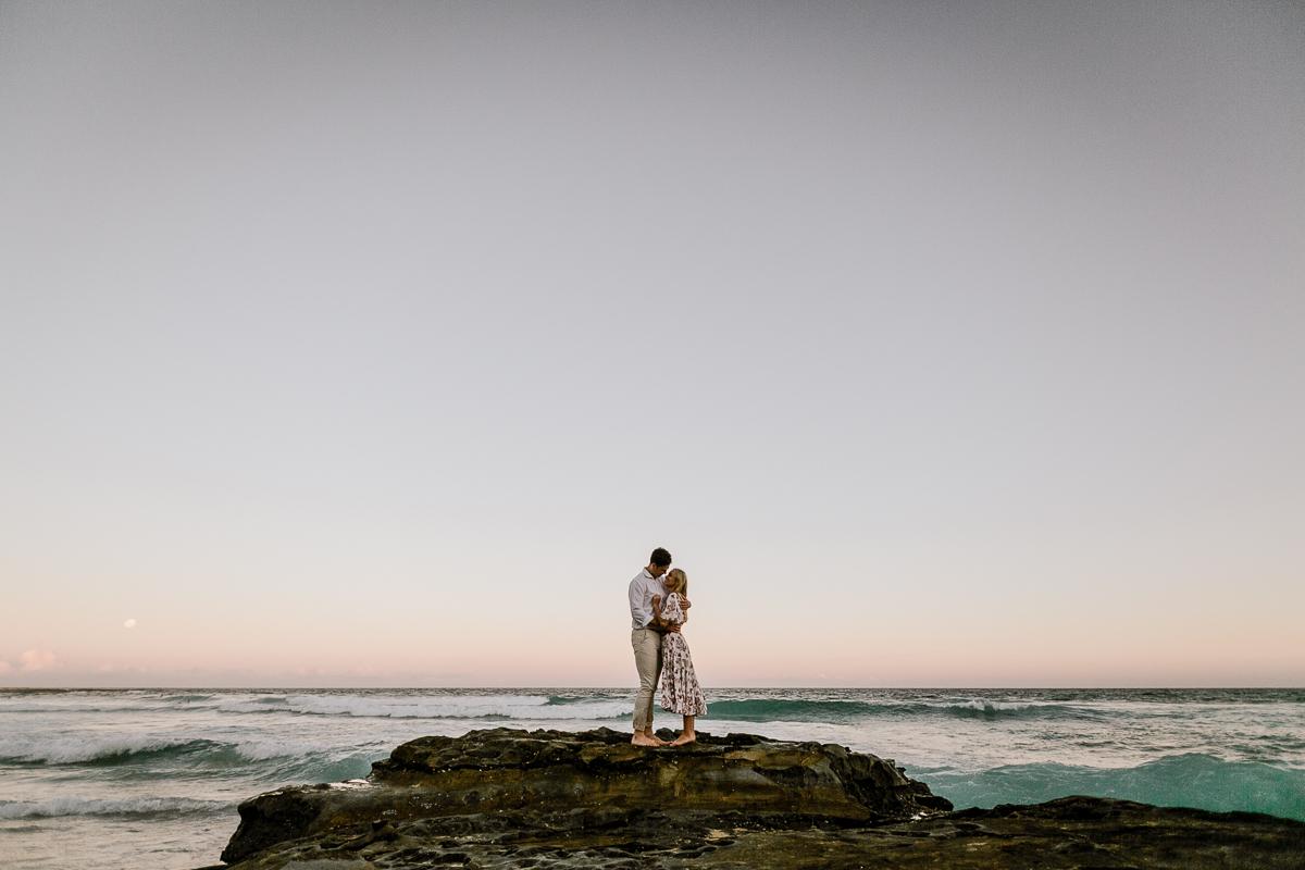 kirsty_andrew_eshoot_newcastle_beach_gez_xavier_mansfield_photography_2020-80.jpg