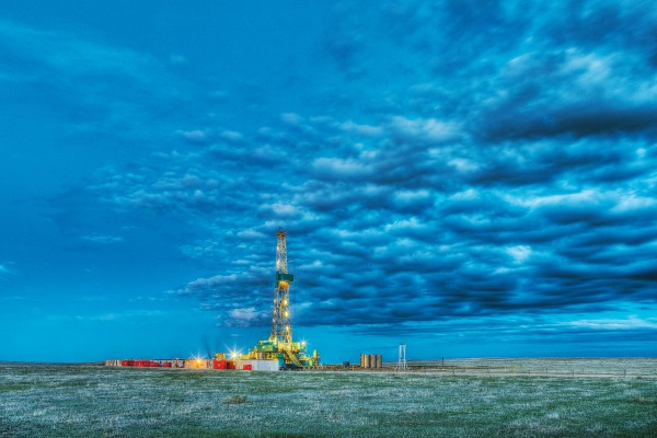 A hydraulic fracturing rig drilling for natural gas in eastern Colorado. ED DARACK/GETTY