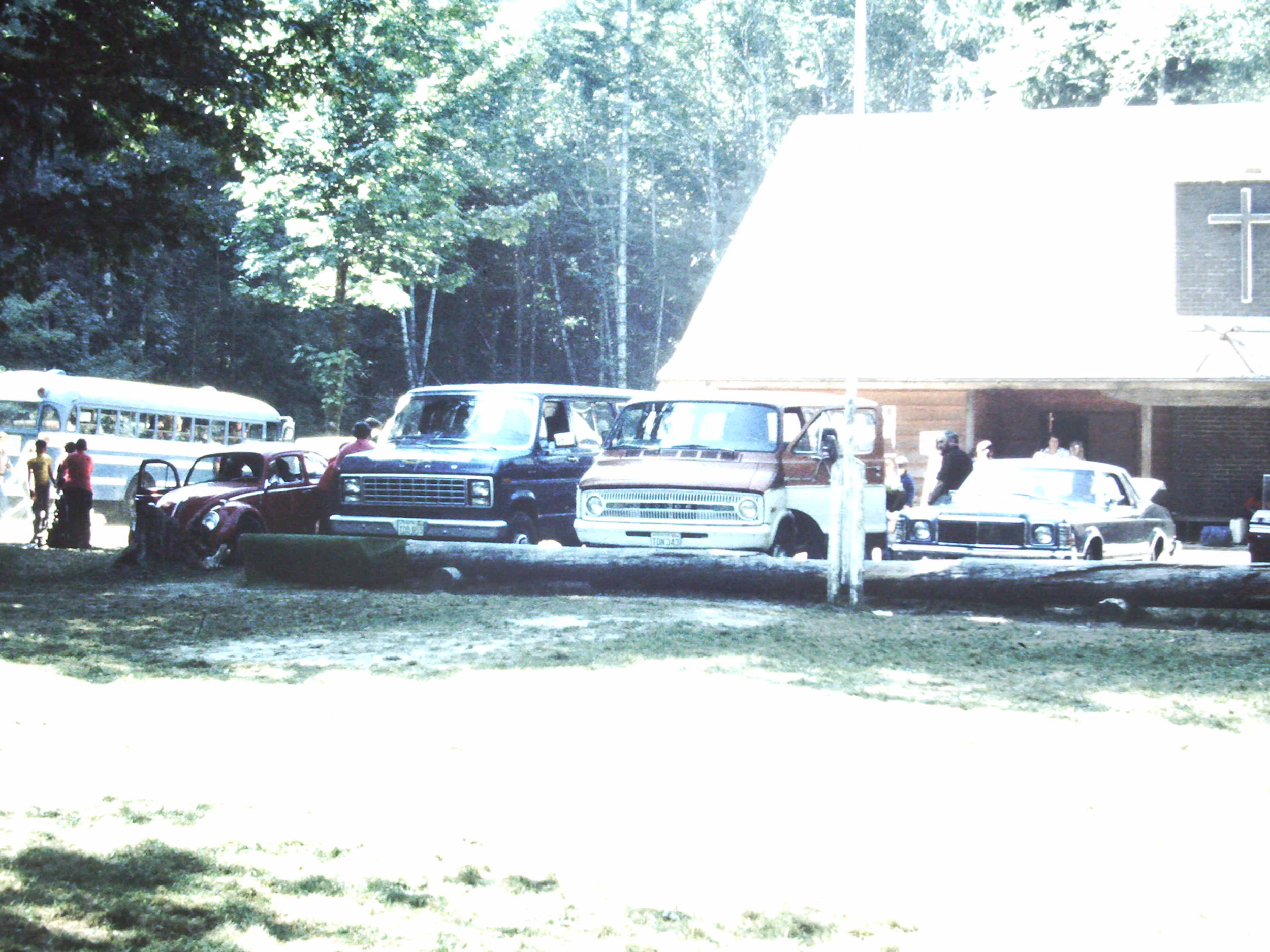 1980, lodge & cars.JPG