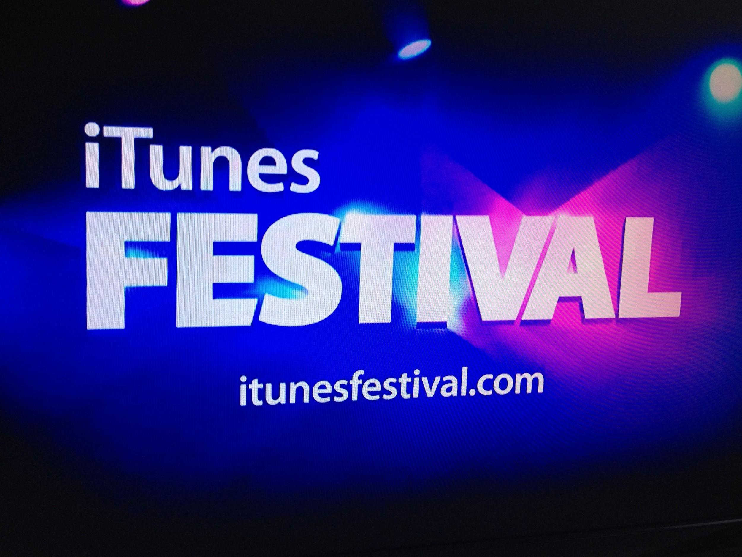 iTunes Festival 2012 Apple TV Screen Grab 01