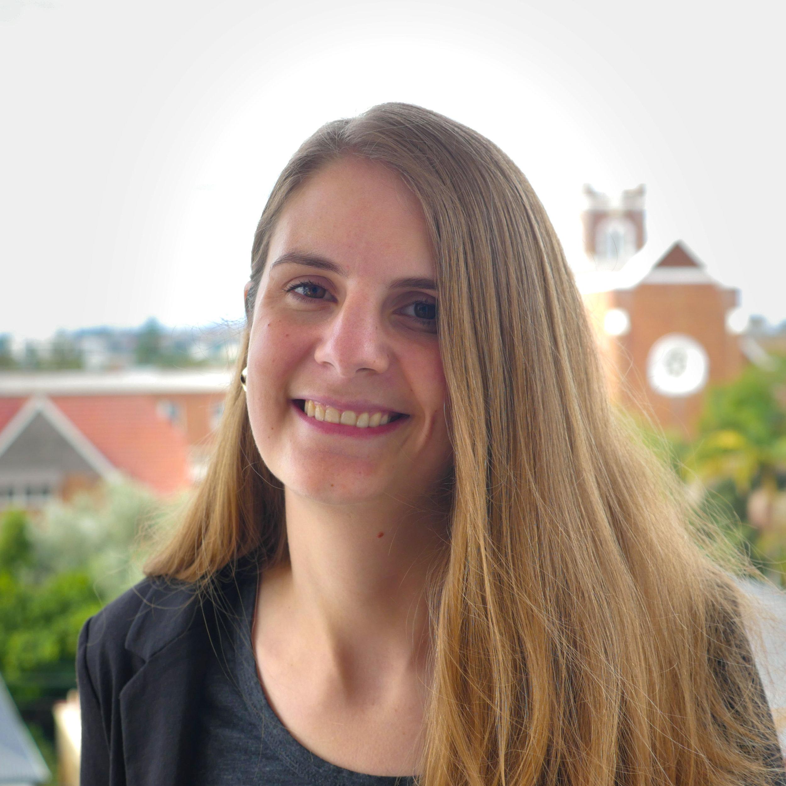 Dr Elise Kalokerinos