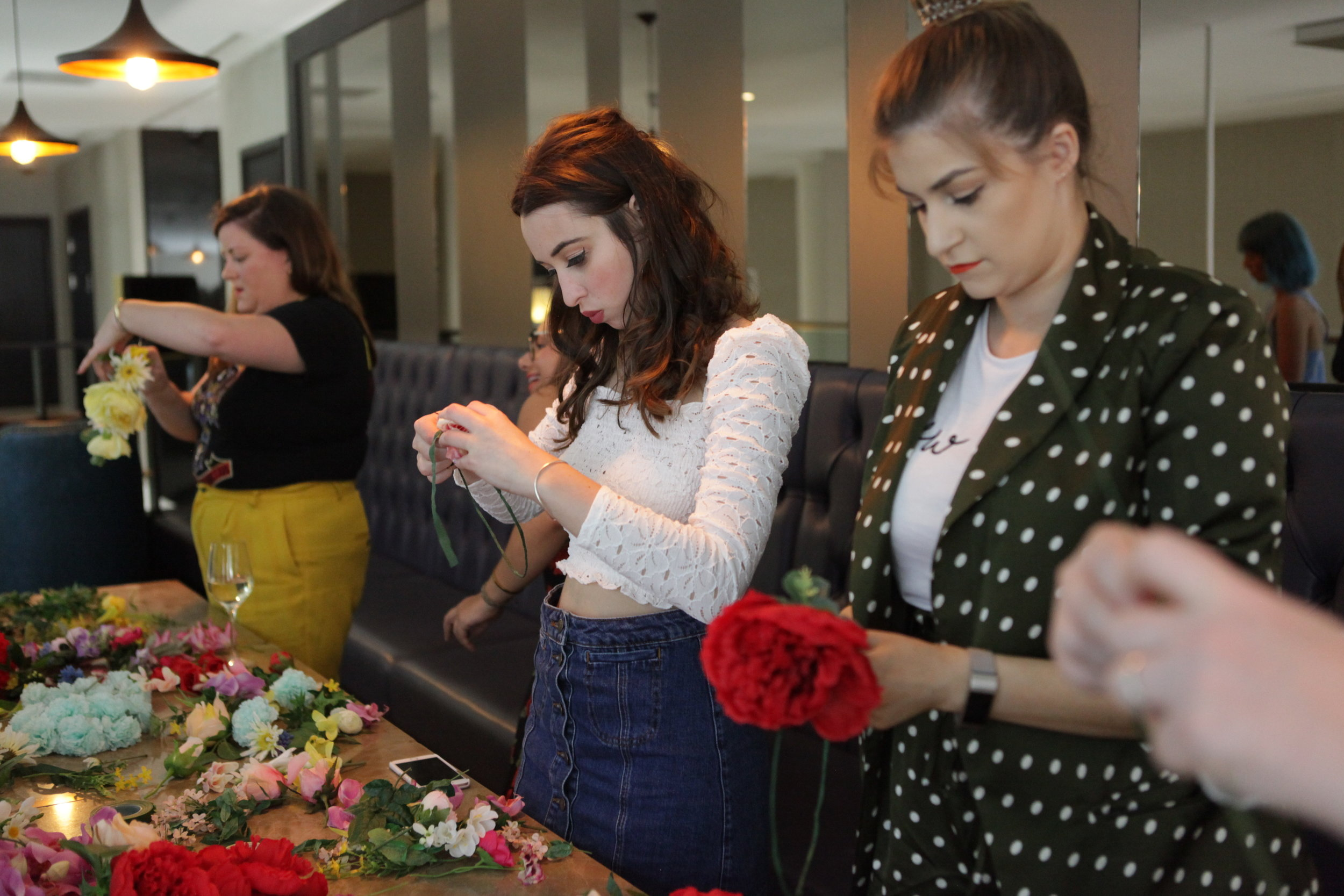 Shoreditch Flower crown workshop