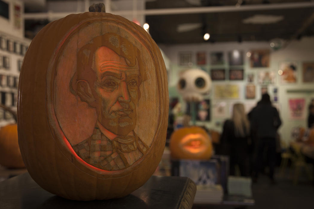1d3c1e00-5912-11e4-9fb6-71e3320c41da_maniac-pumpkin-carvers-workshop-0003.jpg