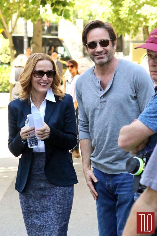 Gillian-Anderson-David-Duchovny-On-Set-TV-Series-The-X-Files-Tom-Lorenzo-Site-TLO-6.jpg