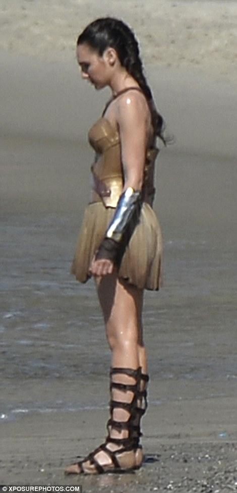 Wonder-Woman-01.jpg