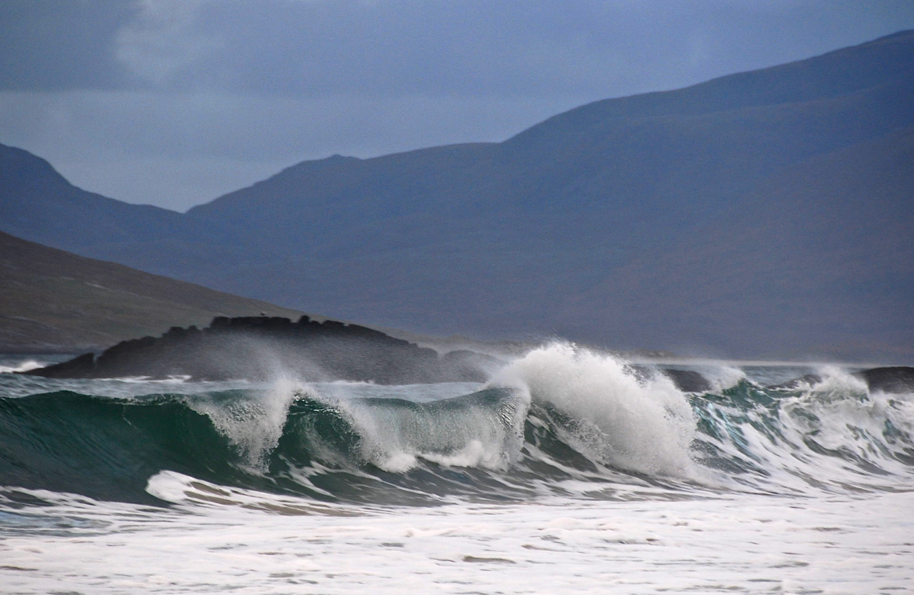 wave, Isle of Haris 5