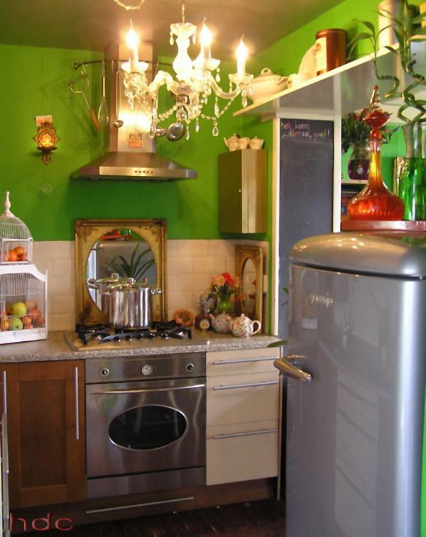 Green-kitchen-design-for-small-kitchen