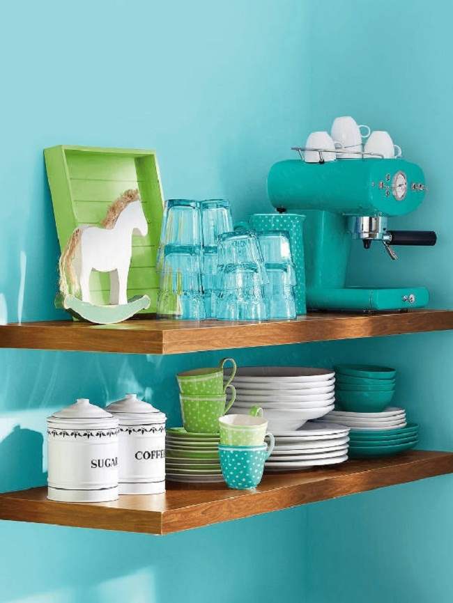 Small-Kitchen-Turquoise-Kitchen-Design-Picture3