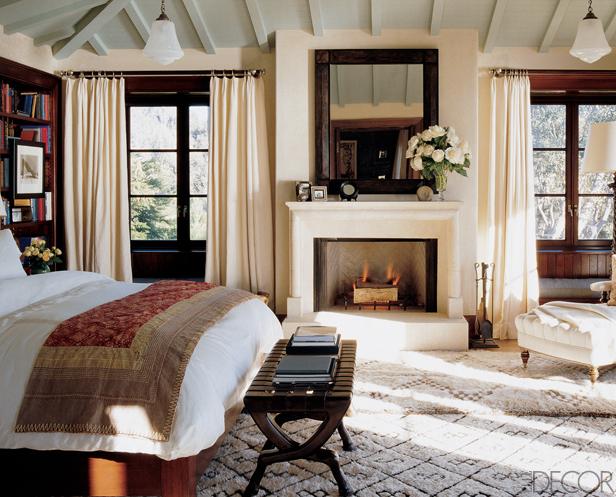 rich-cream-bedroom-with-contrast