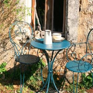 804 - garden-furniture-french-house