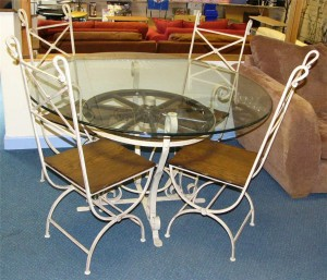804 - retro looking metal and glass patio furniture