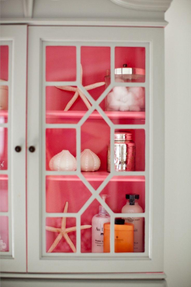 12 - pink inside hutch.jpg