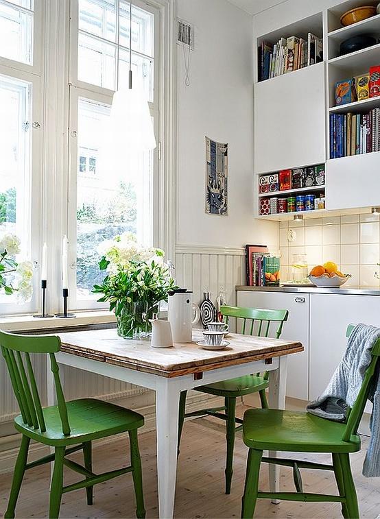 eat-in kitchen 9.jpg