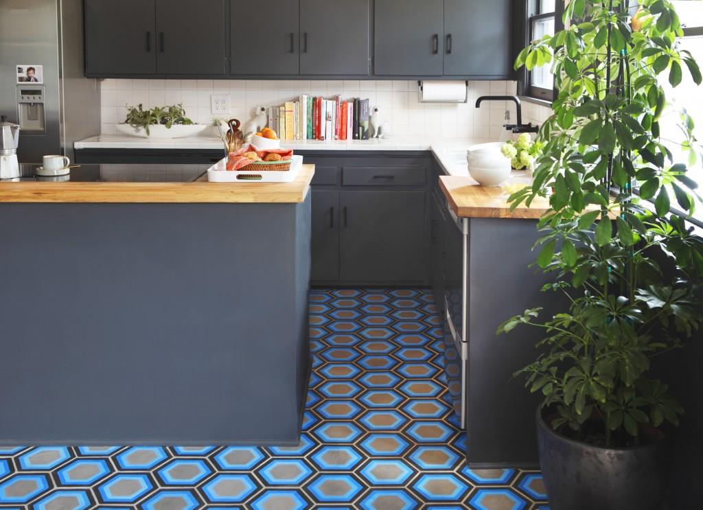 Blue-Hexagon-Floor-Tile.jpg