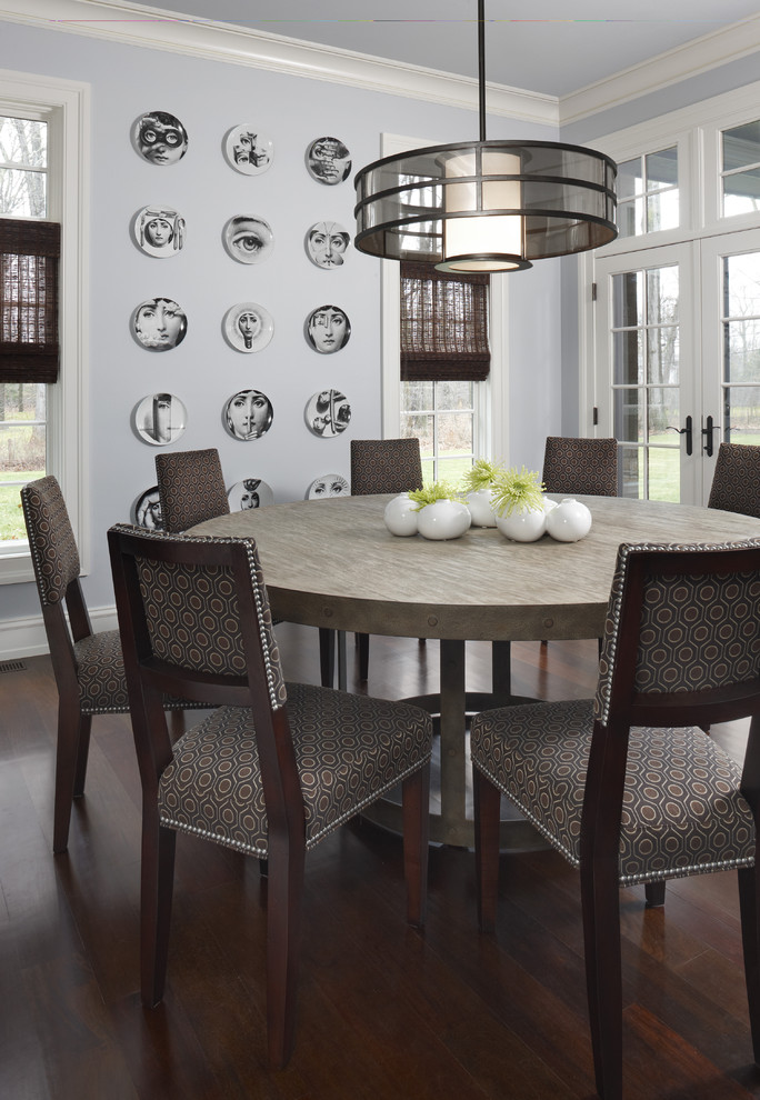 15 - 17 - contemporary dining table with centrepiece.jpg